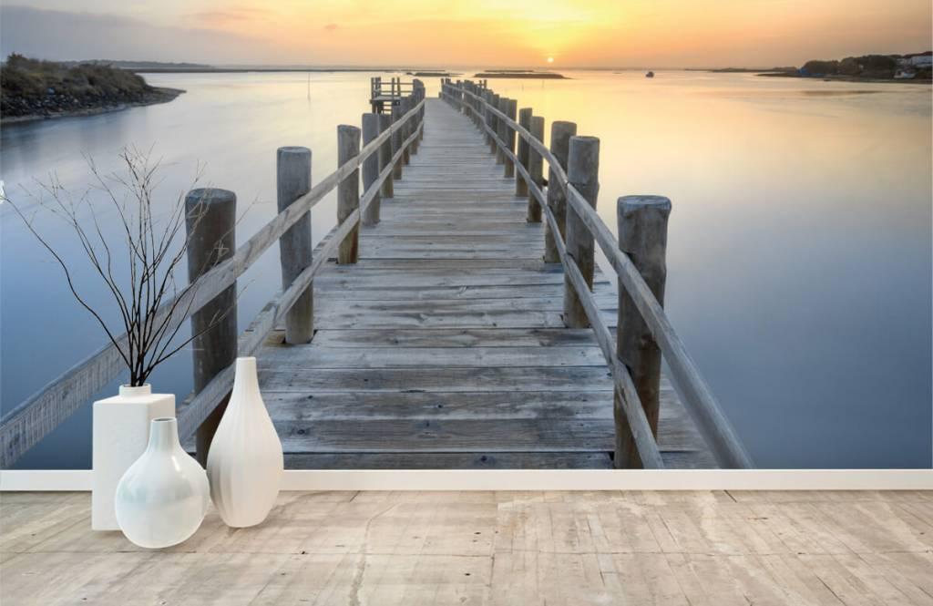 Seen und Gewässer - Anlegestelle bei Sonnenuntergang - Wohnzimmer 1