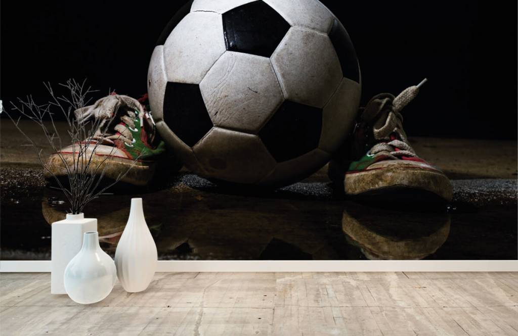 Fußball Tapete - Fußball mit Turnschuhen - Kinderzimmer 1