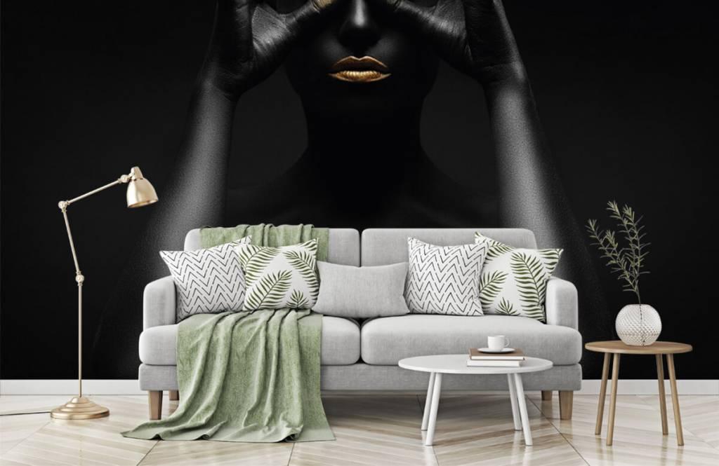 Portetten und Gesichter - schwarz geschminkte Frau - Wohnzimmer 6