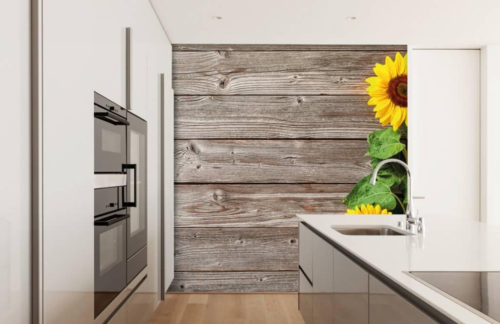 Sonnenblume - Sonnenblumen und Holz - Garage 3